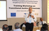TJ expert and trainer Patrick Burgess addresses a workshop on Transitional Justice